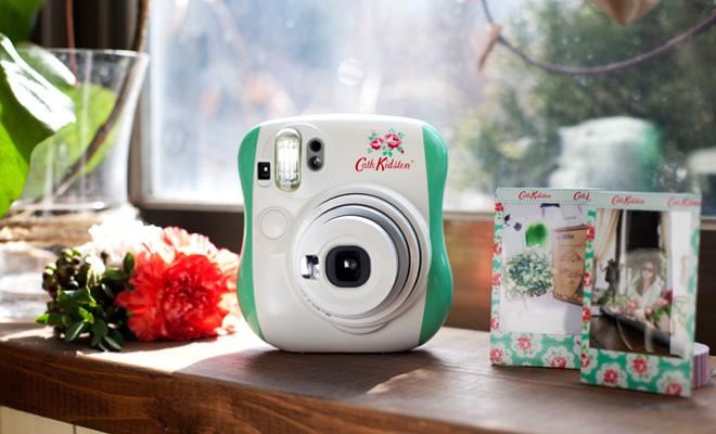 가을은 사진의 계절! 인스탁스와 함께하는 즉석카메라 생활 상식